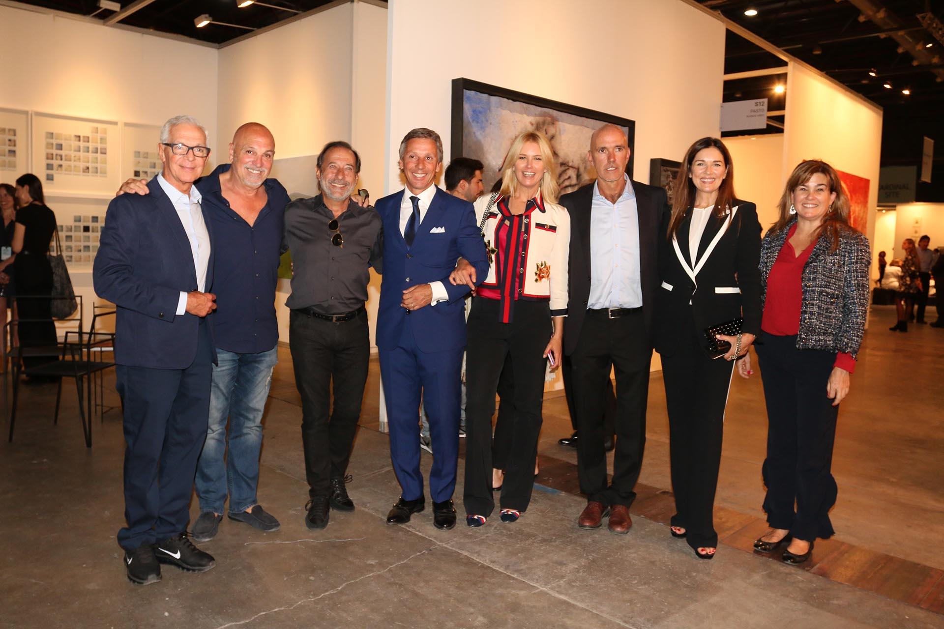 Eduardo Costantini, Guillermo Francella, Alejandro Gravier, Valeria Mazza, Ignacio Azumendi y Andrea Frigerio