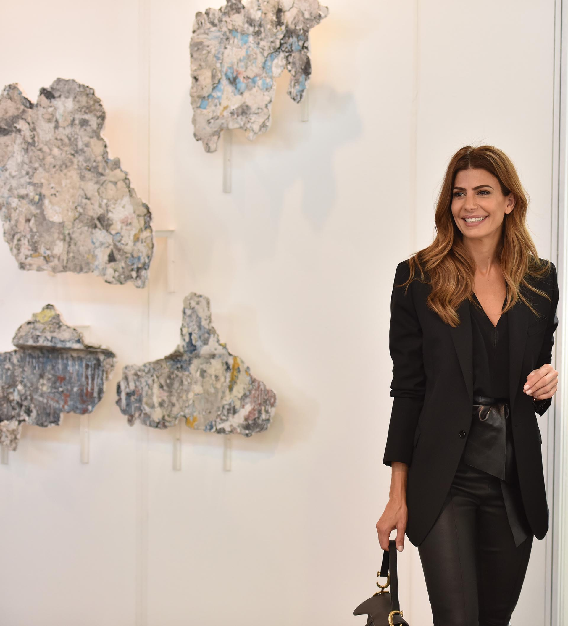 Juliana Awada durante su recorrido por arteBA