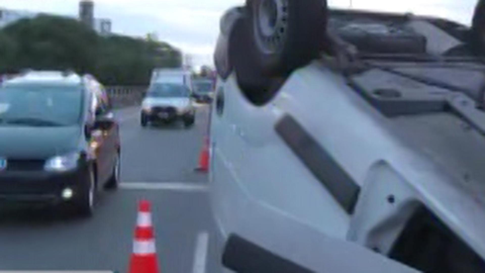 La circulación de automóviles quedó reducida a un carril