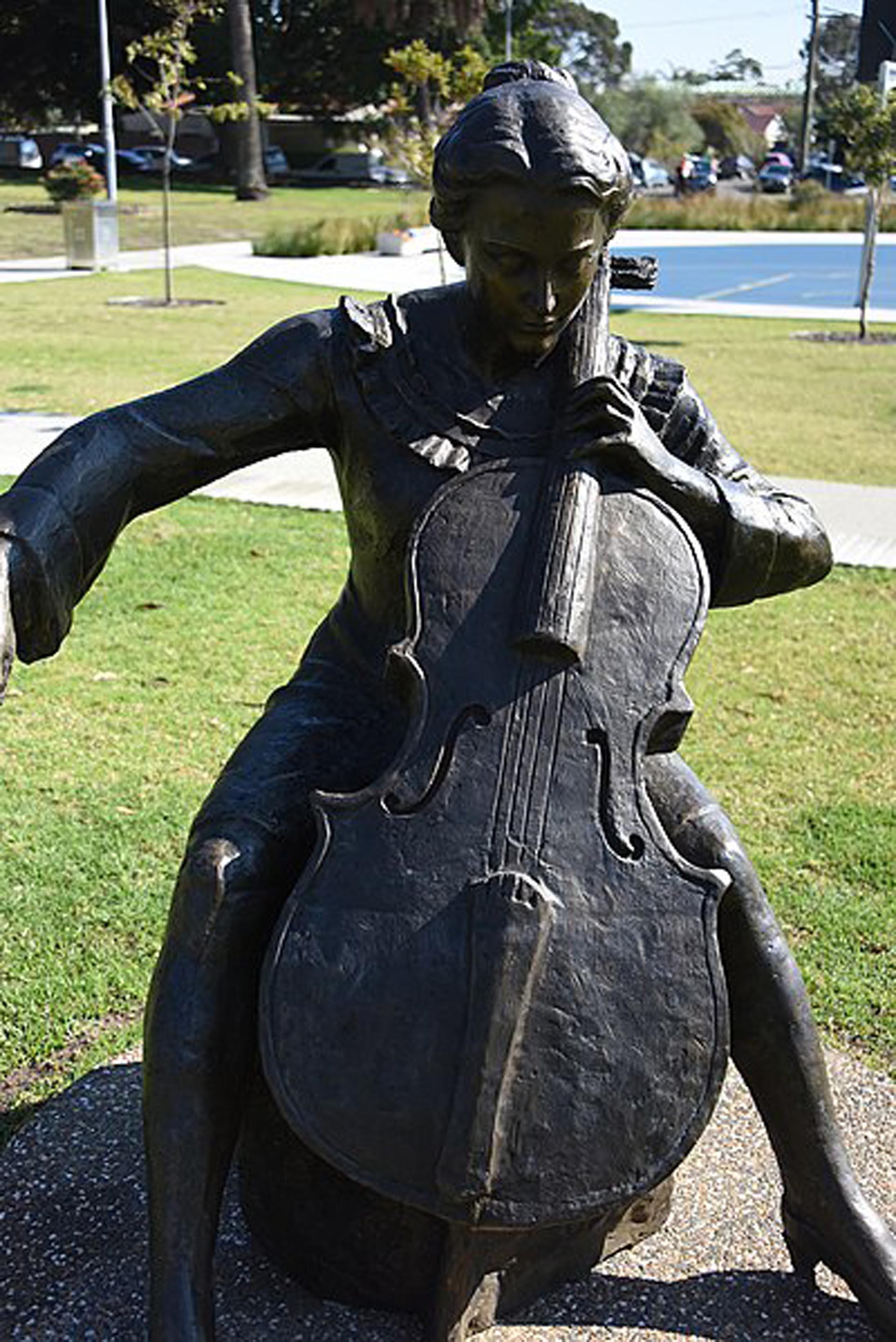 Una de las varias estatuas que hay en en mundo en su honor. En este caso en Kensington, Sydney
