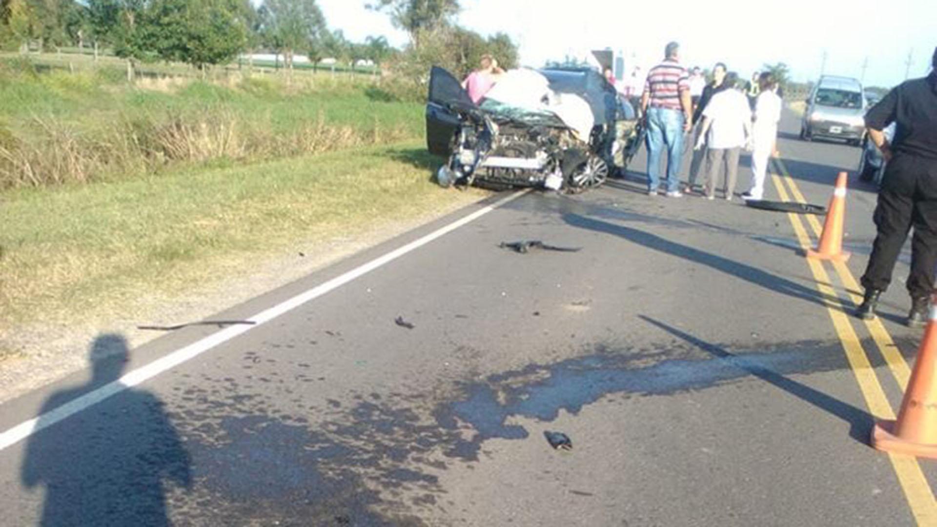 Así quedó el vehículo en el que viajaban Sebastián y sus cuatro acompañantes (Foto: @GMALFARO)