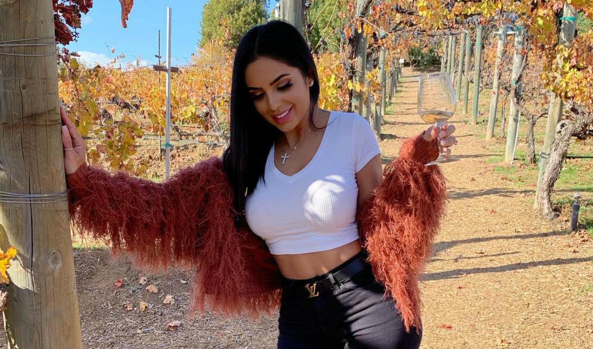 Jackie tiene más de dos millones de suscriptores en su canal de YouTube, en el que comparte consejos de belleza (Instagram)