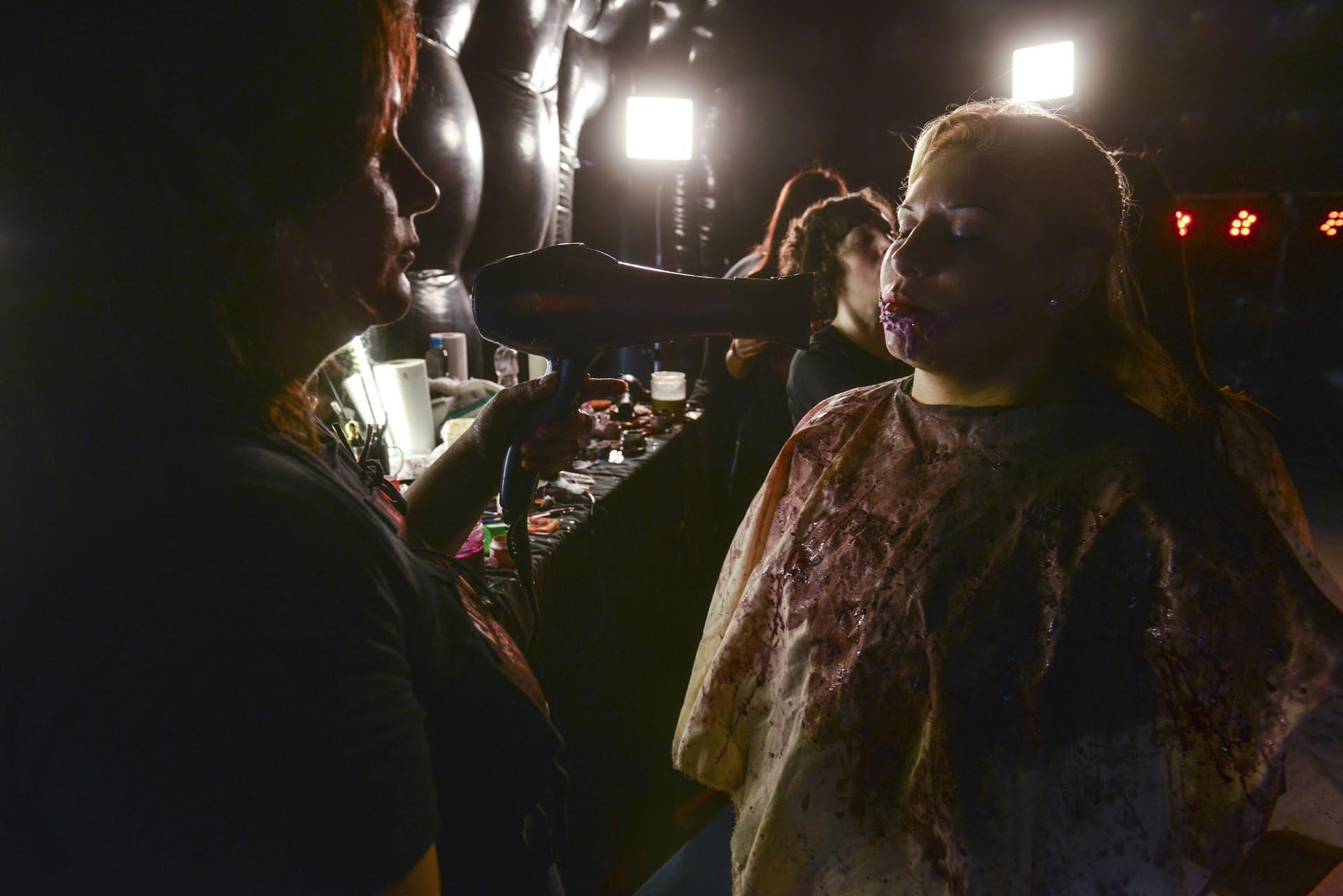 Las sesiones de maquillaje artístico se realizarán en la carpa del INCAA en el bosque de Pinamar