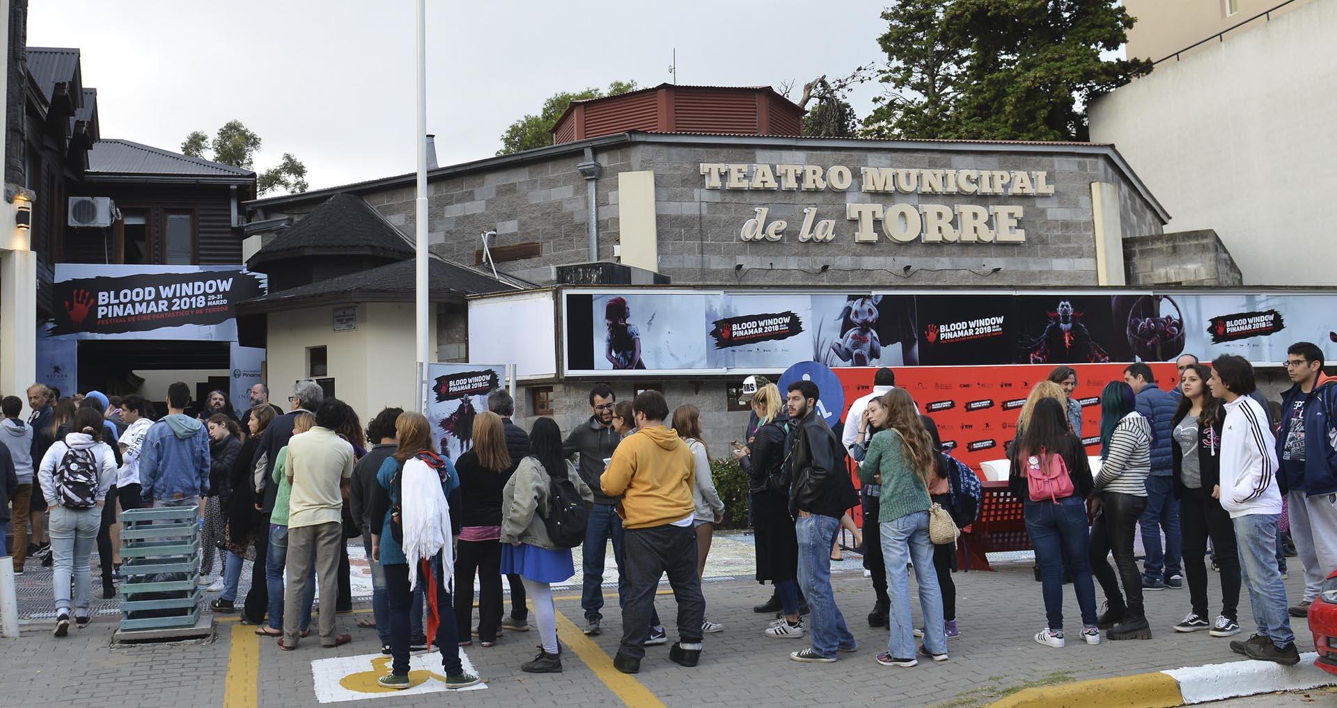 El Espacio INCAA Teatro de la Torre es la sede principal de la programación