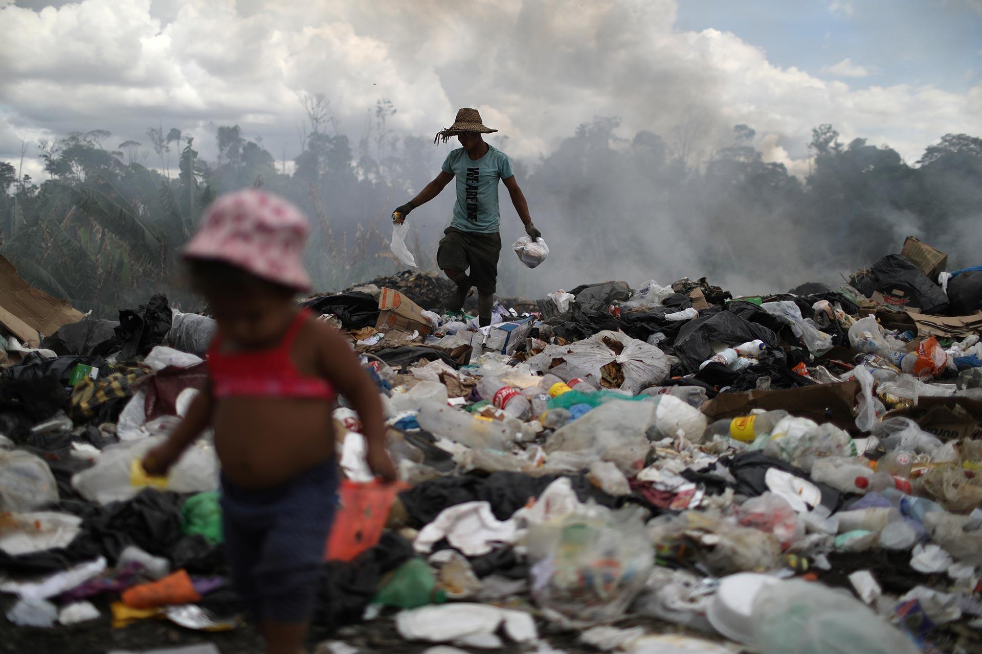 Decenas de miles de venezolanos han huido de la crisis política y económica de su país a través de Pacaraima (REUTERS/Pilar Olivares)