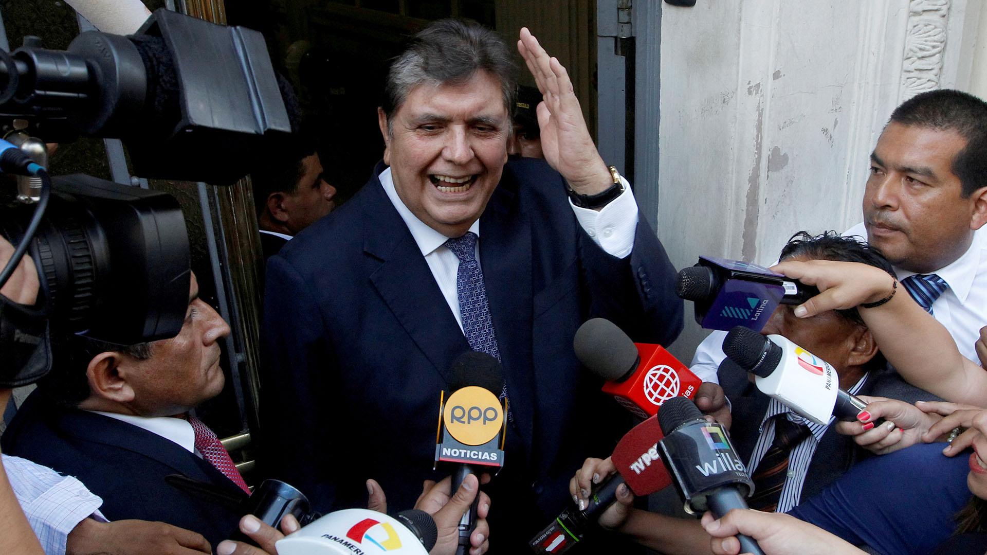 El ex presidente de Perú, Alan García, tenía prohibida la salida del país(Reuters)