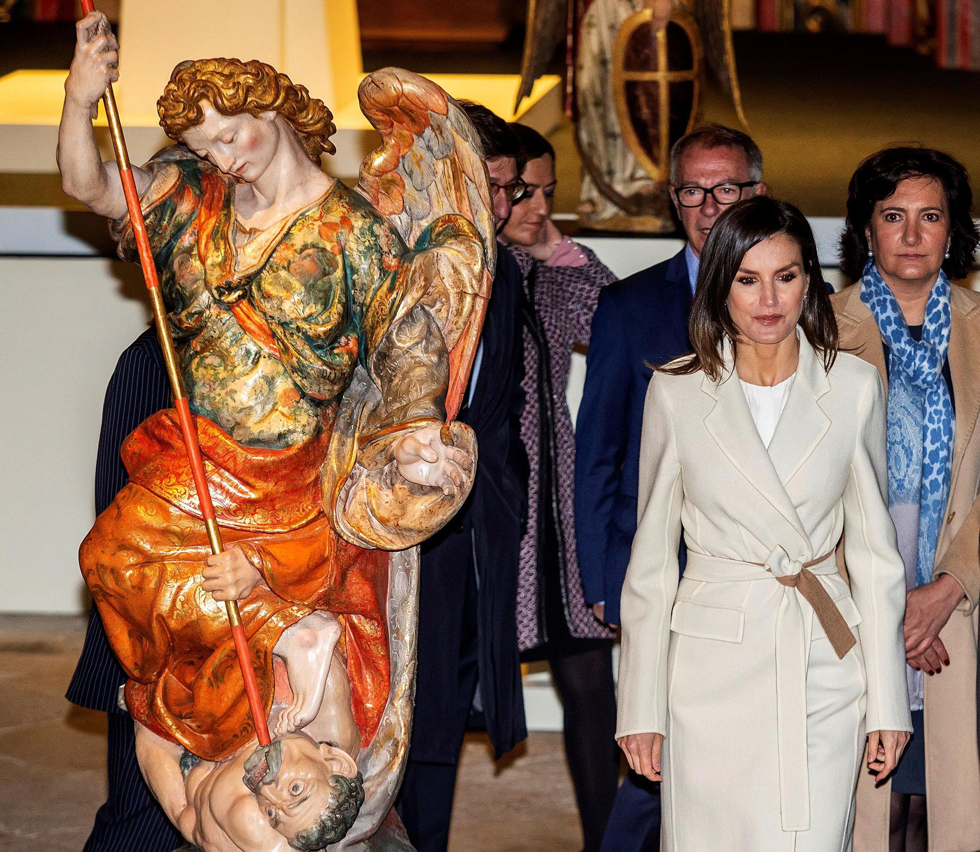 """Respondiendo al lema de la muestra, """"Angeli"""", el hilo argumental de la exposición se fundamenta en el significado y trascendencia de los ángeles en la tradición cristina"""