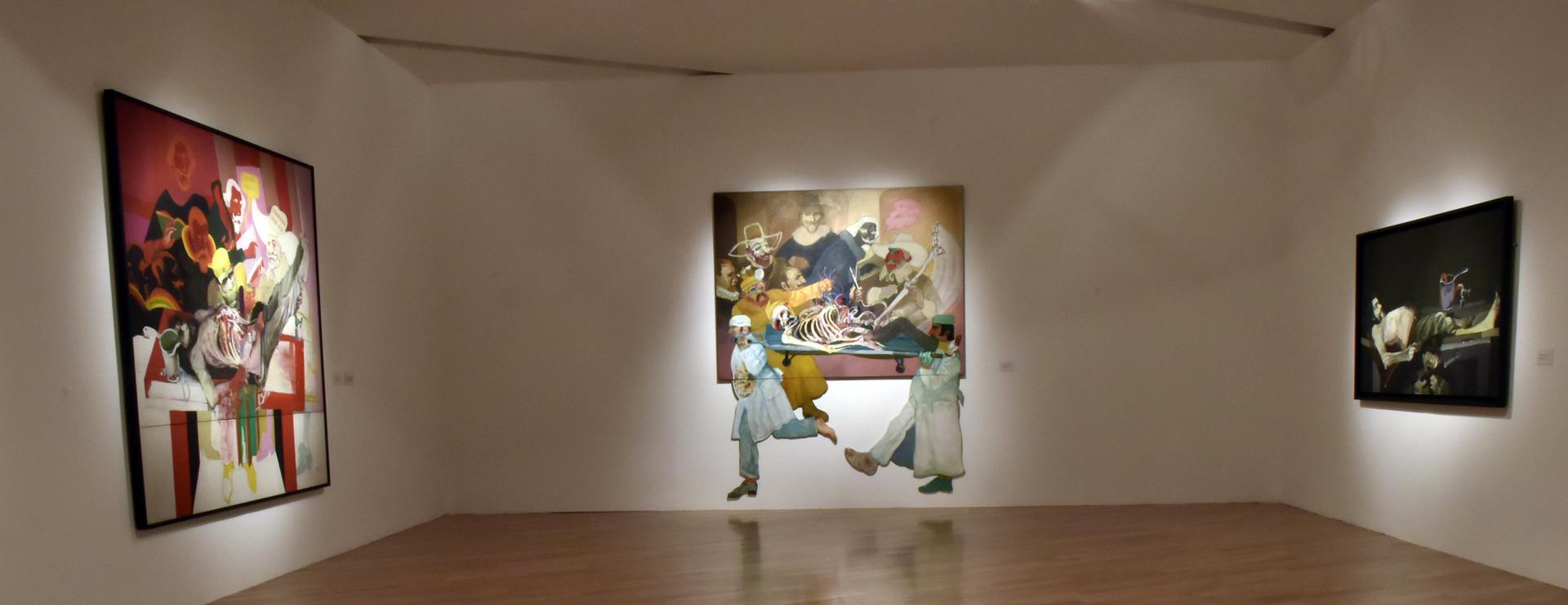 """Foto de sala: """"Carlos Alonso. Pintura y memoria"""""""