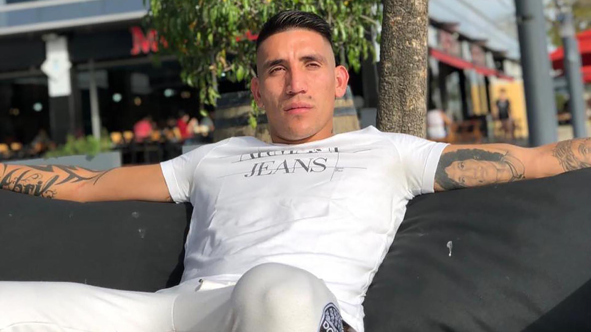 Lanús y Rosario Central son los equipos de Primera División que se mostraron interesados en contratar a Ricardo Centurión, pero su futuro podría estar en un club de la Superliga de China (@adrianricardo1993)