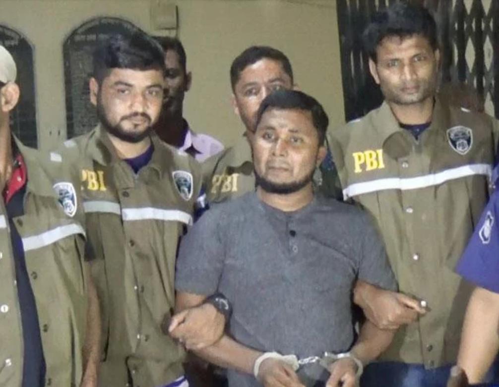 Hafez Abdul Kader, maestro detenido por el homicidio . (Dhaka Tribune)