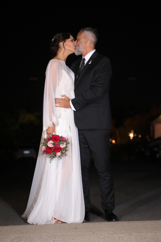 El beso de los recién casados