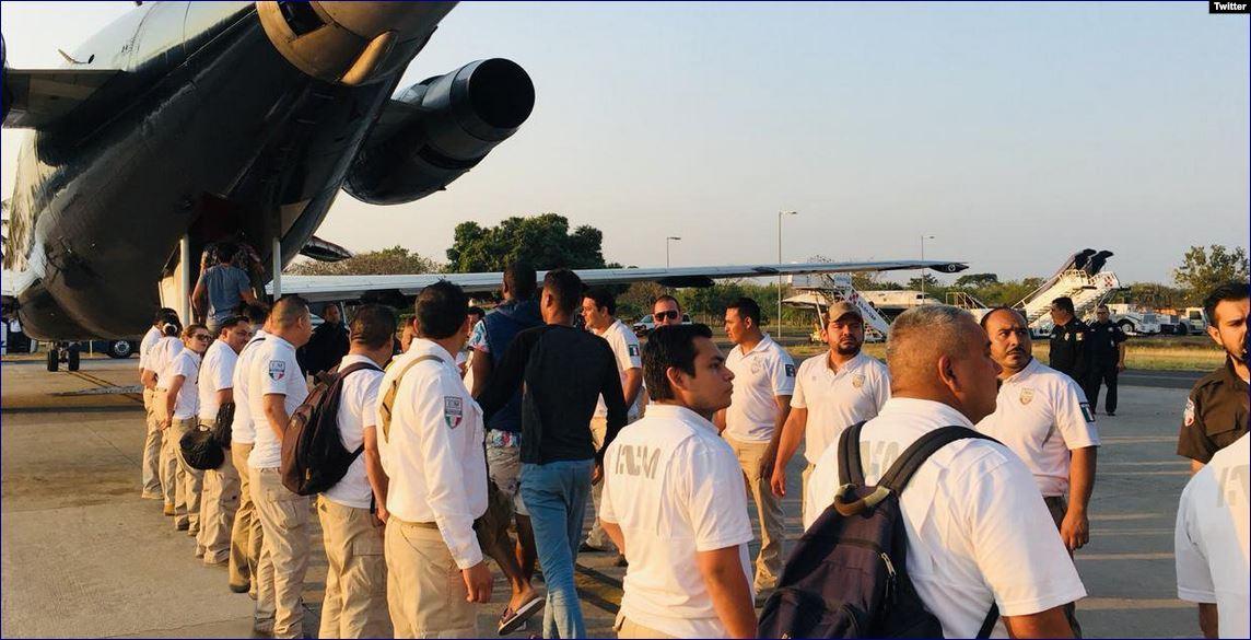 Cubanos que permanecían en México de forma irregular son deportados a la isla. (Foto: INM)