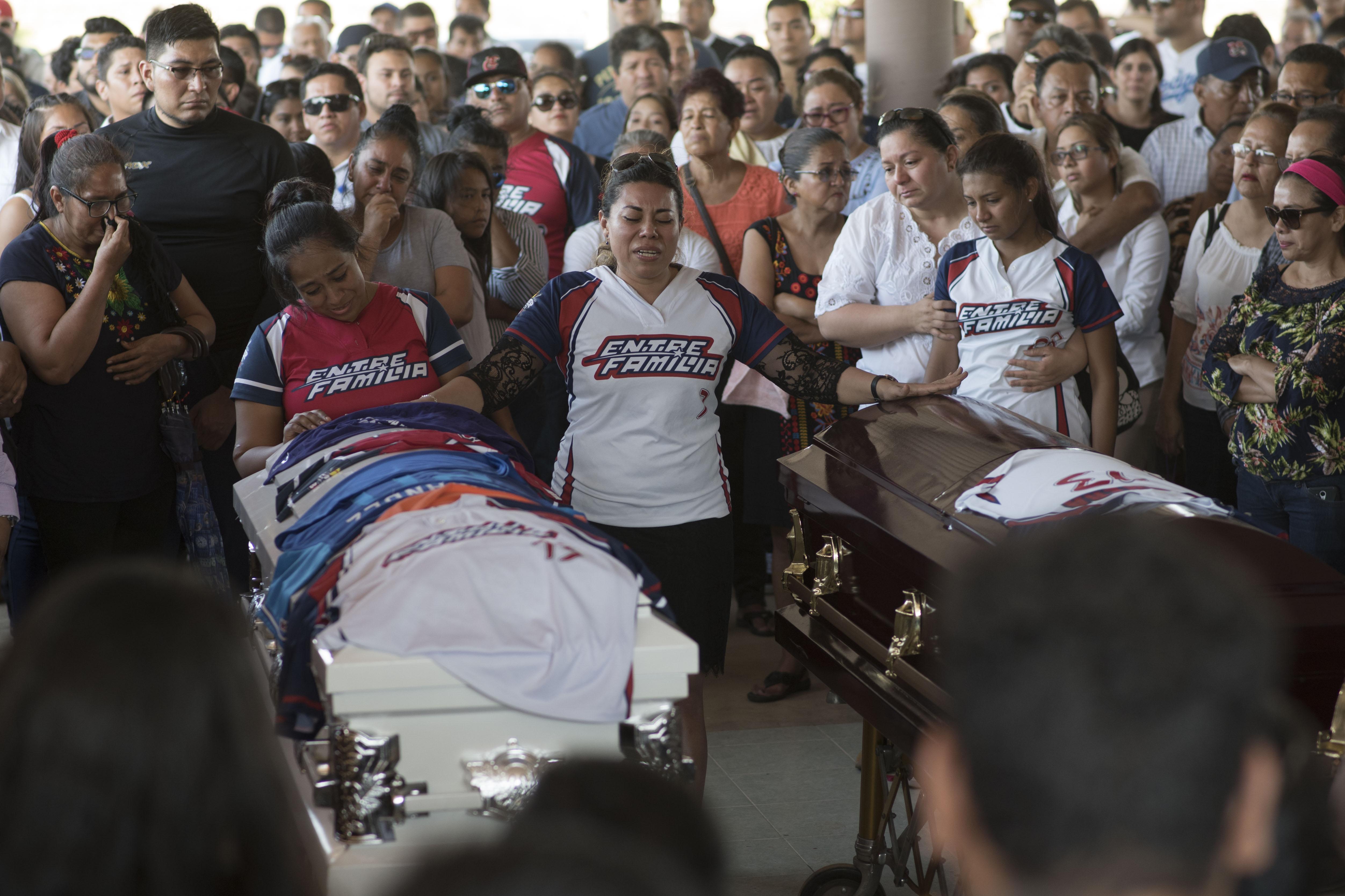 En la masacre fallecieron 13 personas, una más murió en el hospital y otras tres se encuentran hospitalizadas (Foto: Cuarto Oscuro)