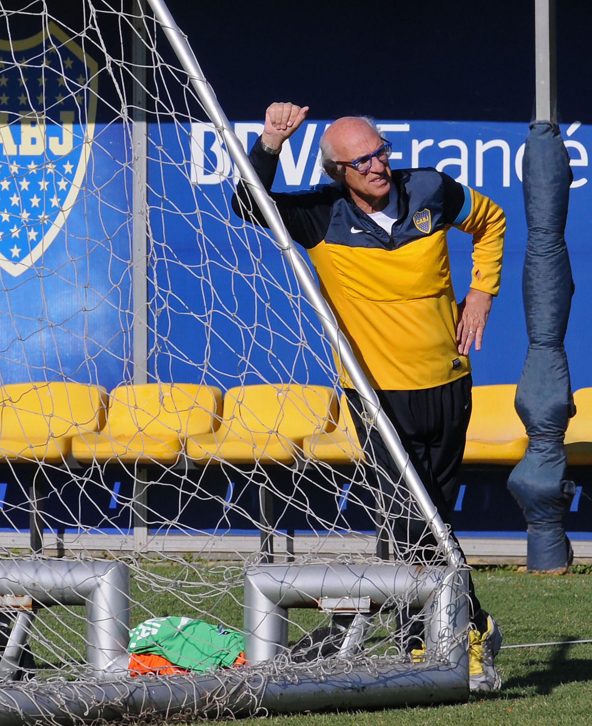 """En su última etapa como entrenador de Boca. Luego, el Bianchi director técnico volvió a """"dormir la siesta"""""""