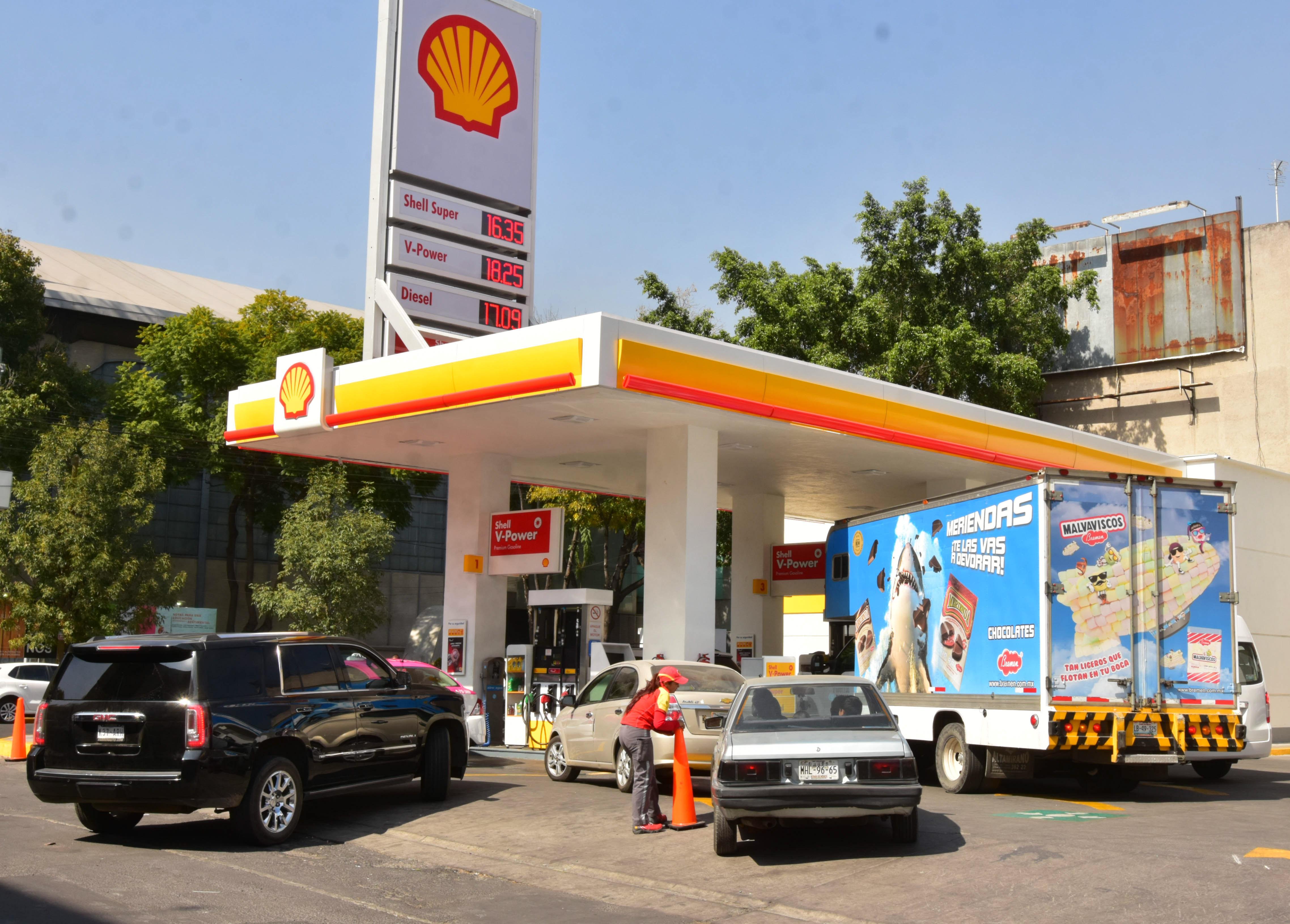 Shell vende el diésel más caro con 21.68 pesos (FOTO: ARMANDO MONROY /CUARTOSCURO)