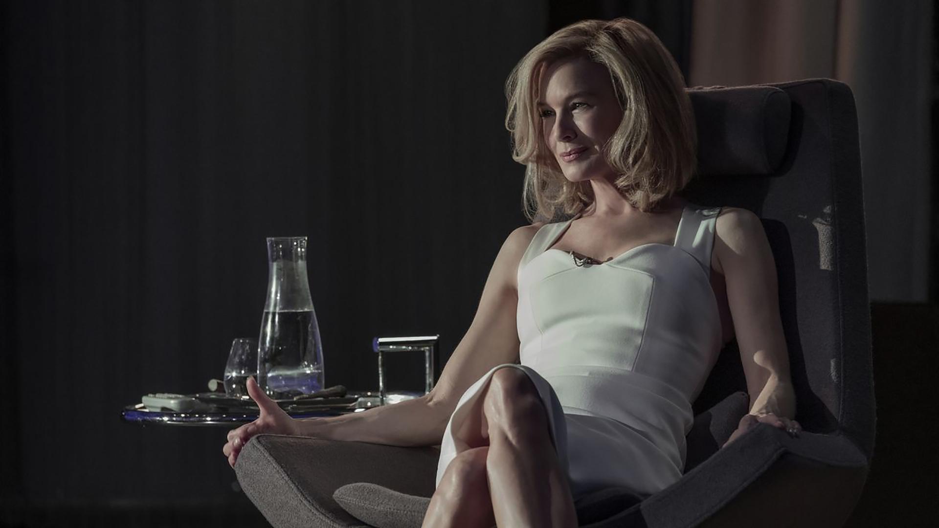 """La primera imagen de Renée Zellweger en la serie """"Dilema"""", la nueva ficción de Netflix, que se estrena el próximo 24 de mayo. Con este psicothriller y drama erótico hace su debut en la pantalla chica"""