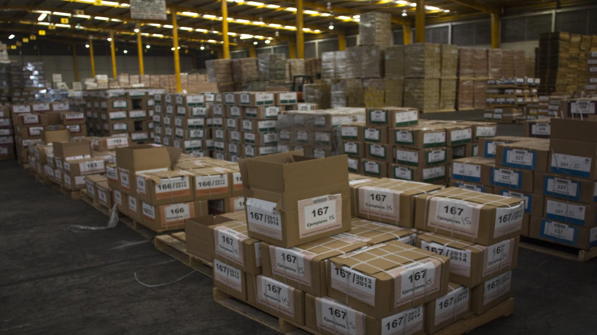 El gobierno necesita imprimir 220 millones de libros (Foto: Cuartoscuro)