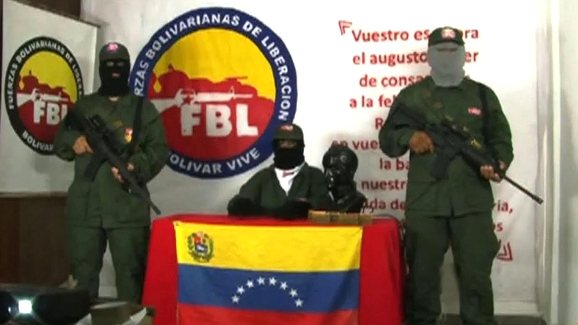 Tres nuevos hechos extienden la guerra que se libra en Venezuela entre grupos irregulares y la Fuerza Armada - Infobae
