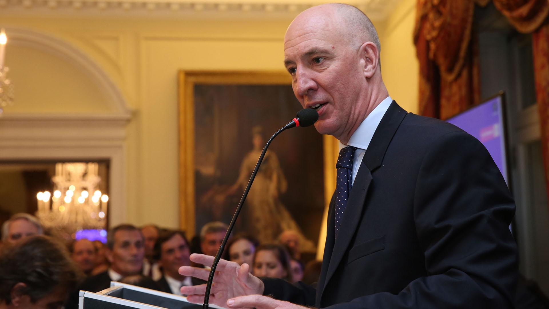 El discurso del embajador Mark Kent