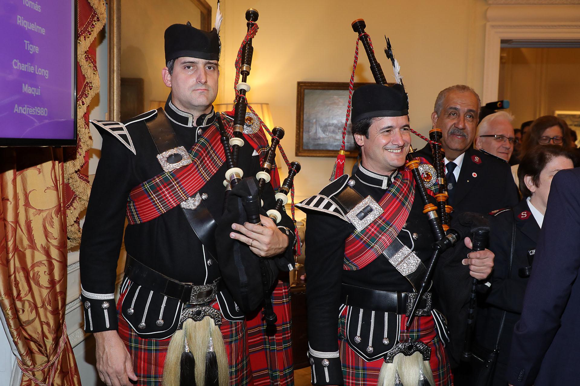 El tradicional festejo en la embajada británica