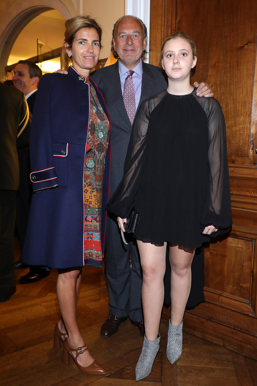 El empresario José Luis Manzano junto a su mujer, Teresa Jordan, y su hija