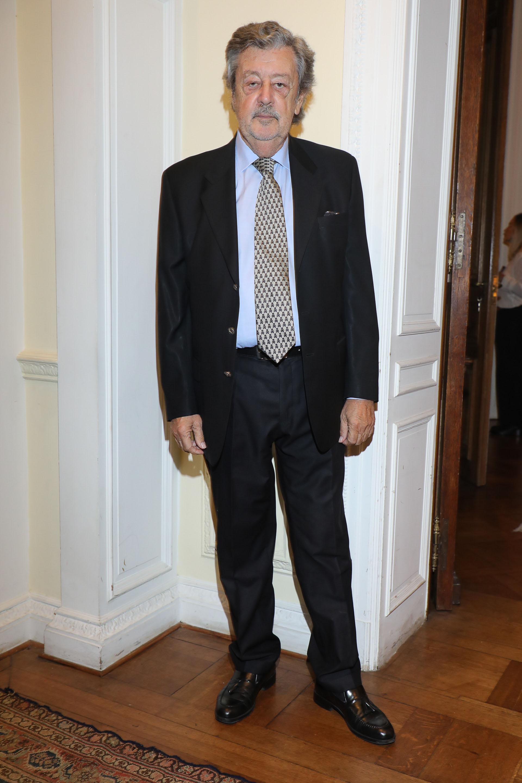 Miguel Schapire