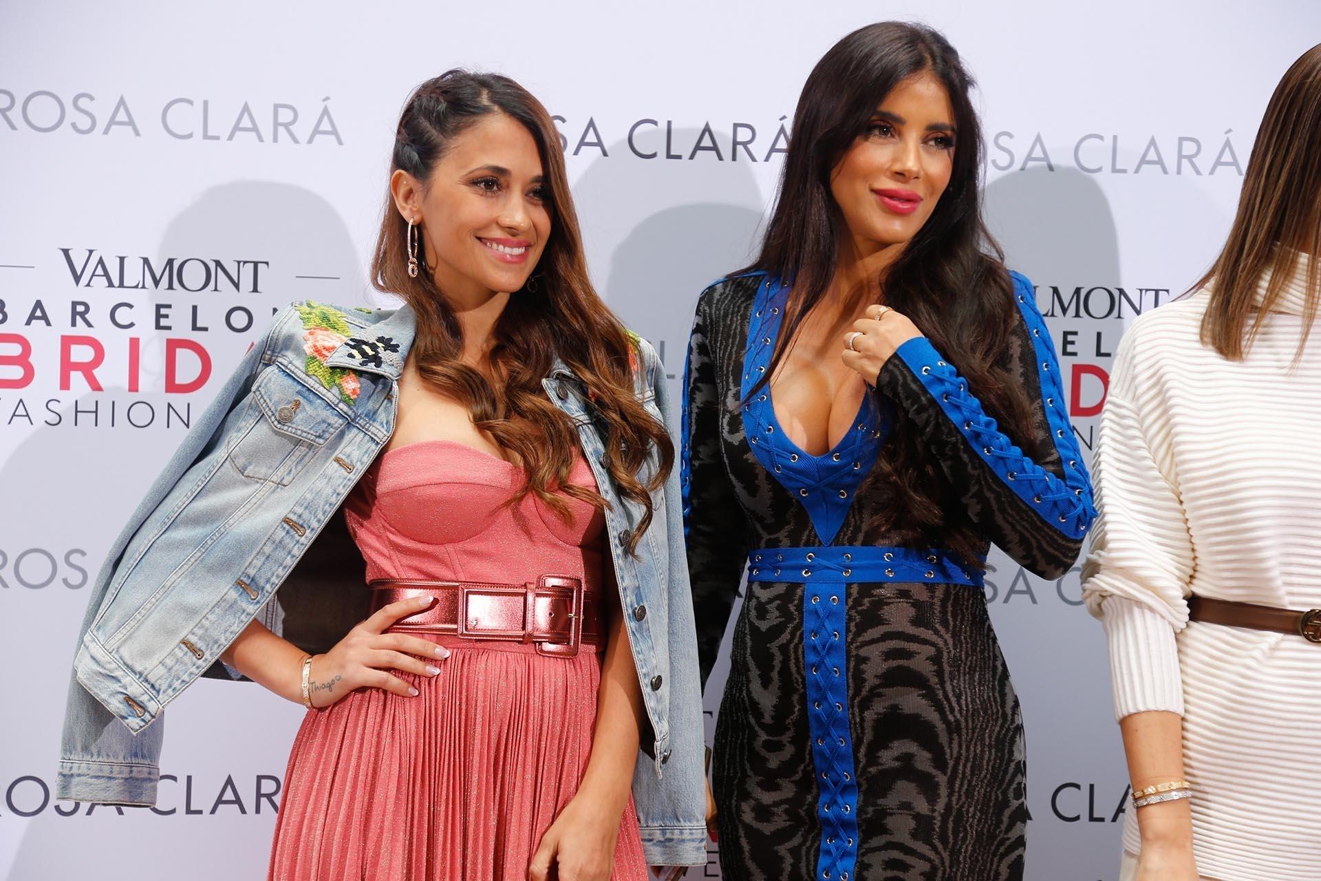 """""""Bridal Week Barcelona. Un año mas acompañando a Rosa Clara"""", escribió Roccuzzo en las redes sociales"""