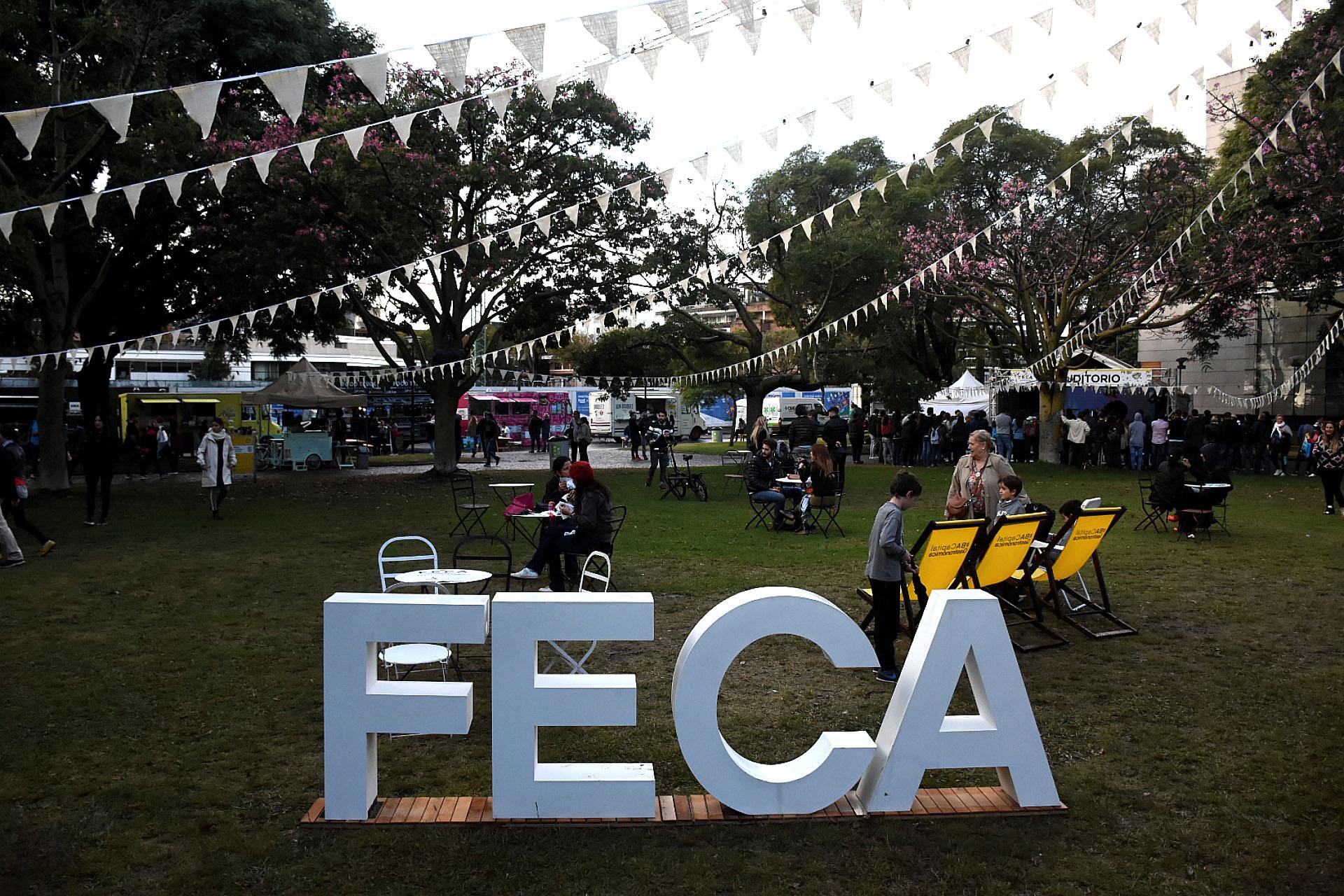 """""""FECA, Festival de Café"""", se llevó a cabo la cuarta edición de este exclusivo evento gastronómico ogranizado por BA Capital Gastronómica en Plaza República del Perú donde los vecinos y turistas pudieron y también mañana domingo podrán disfrutar de exquisitos variados tipos de cafés"""