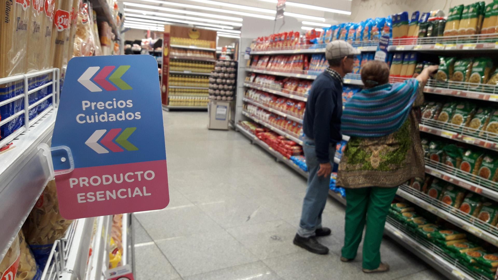 El congelamiento de tarifas y el acuerdo de precios pueden aliviar la inflación en el corto plazo (Maximiliano Luna)