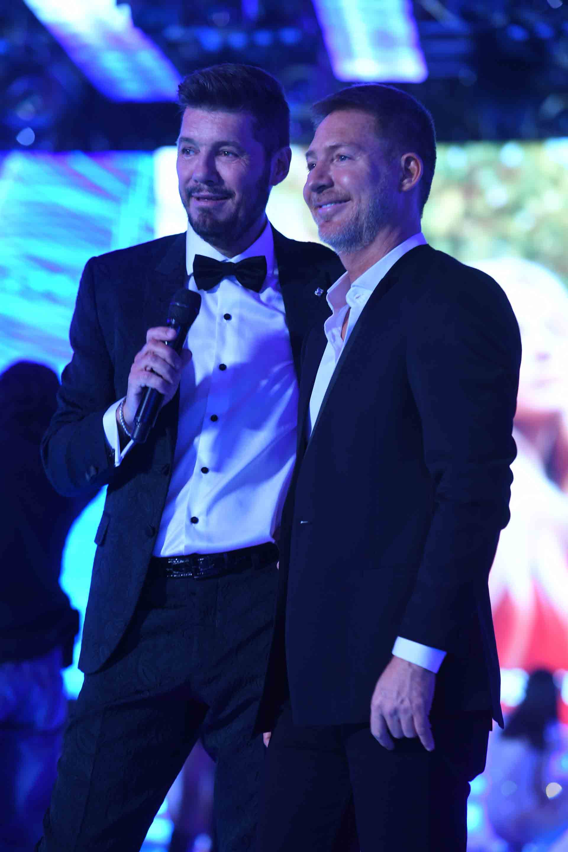 Marcelo Tinelli junto a Adrián Suar.