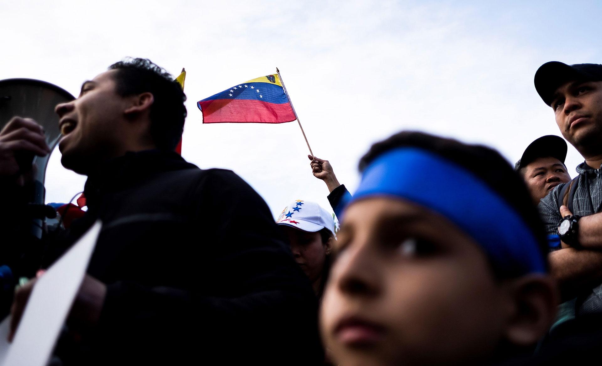 Venezolanos en Nueva York se reunieron el martes en apoyo a los ciudadanos de su país y al opositor Juan Guaidó