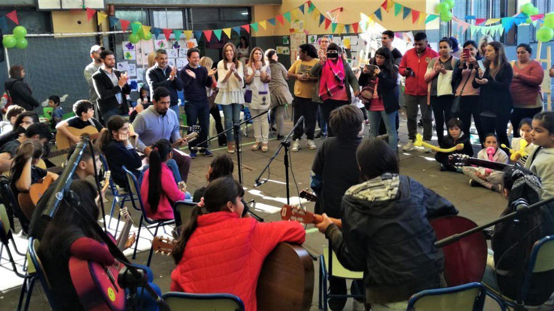 Vidal en escuela de Quilmes