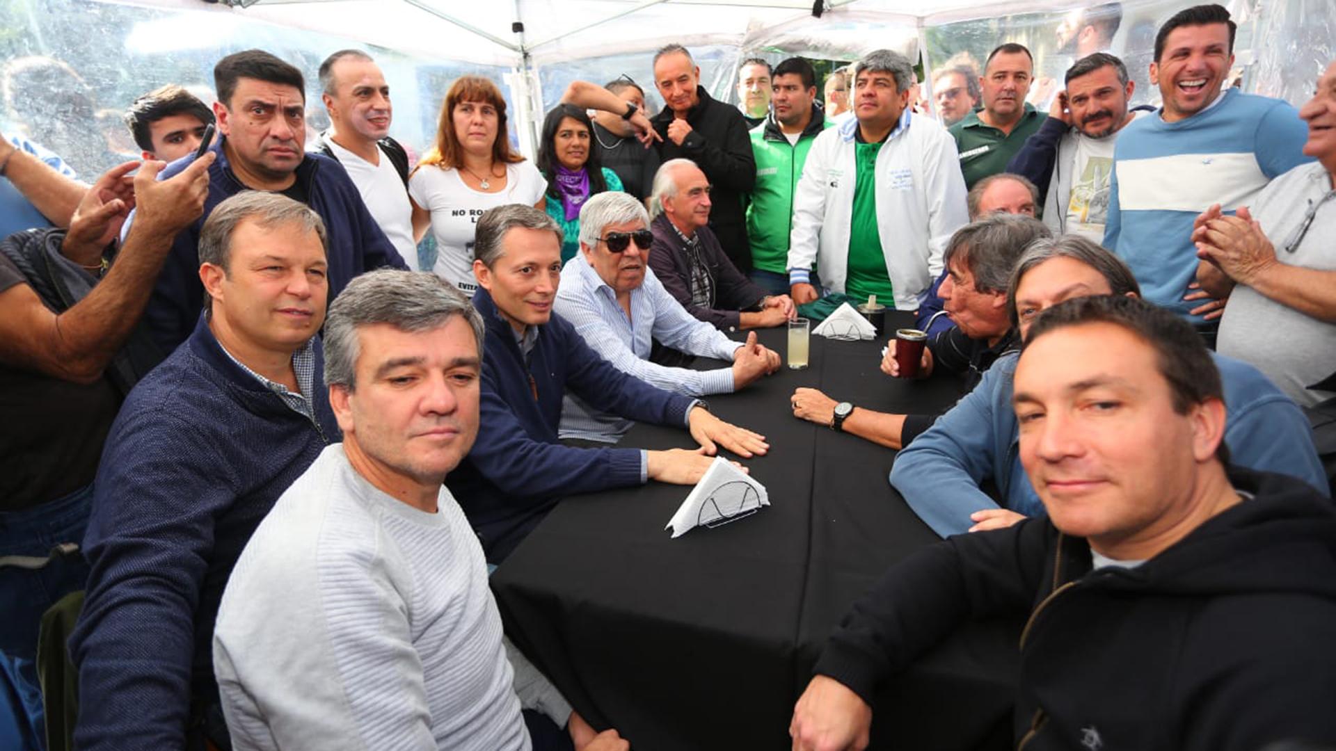 Los intendentes peronistas durante uno de los encuentros del PJ