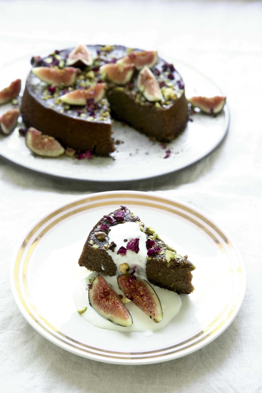 Torta de almendras, pistachos e higos