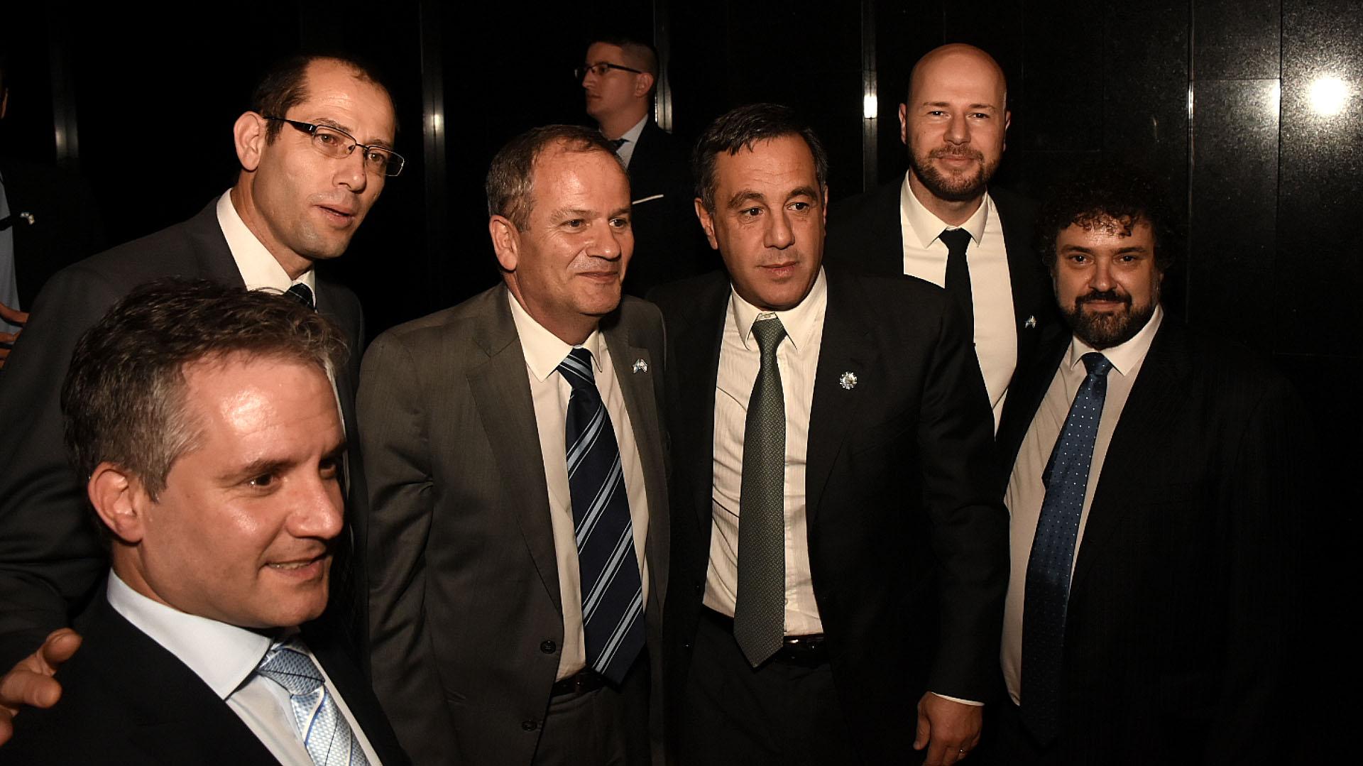 El embajador de Israel, Ilan Sztulman y el ministro de Cultura, Educación, Ciencia y Tecnología Alejandro Finocchiaro (Fotos: Nicolás Stulberg)