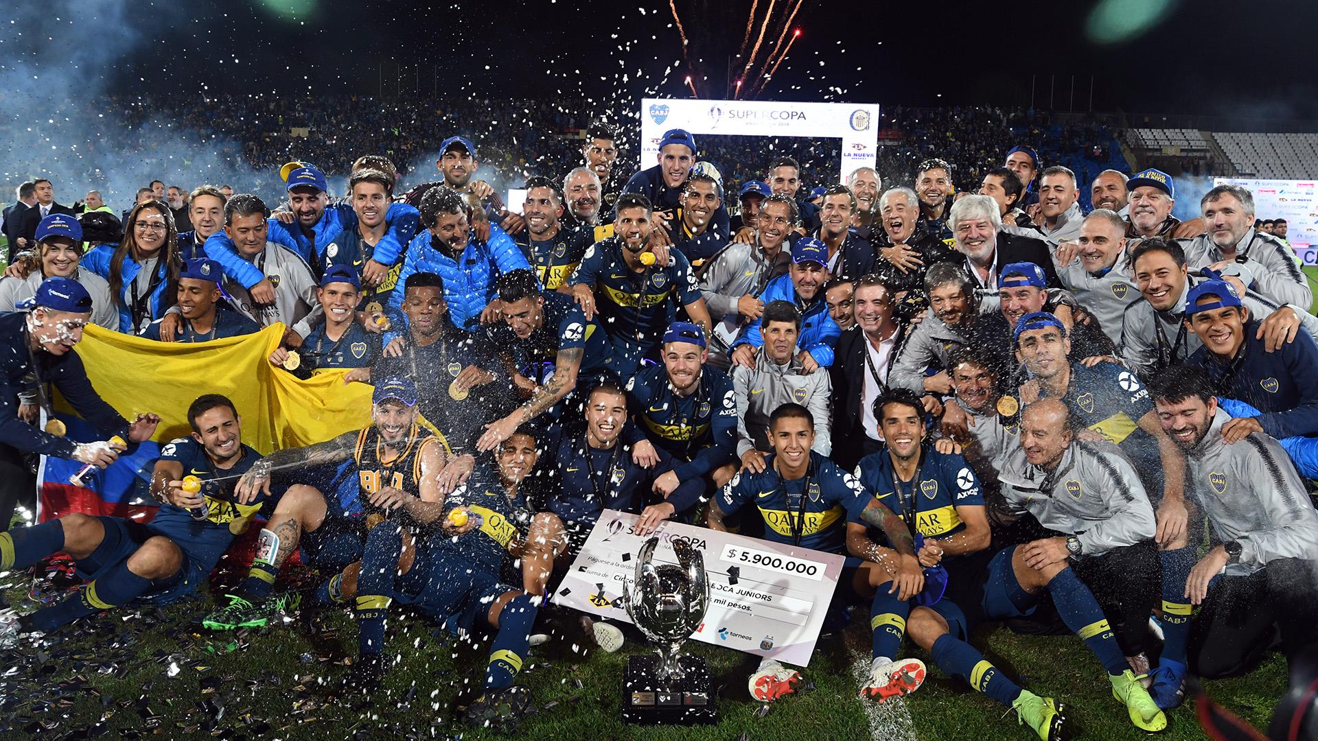 El festejo de Bocaluego de ganarla Supercopa Argentina al vencer por penales a Rosario CentralFoto: Alfredo Ponce/Telam