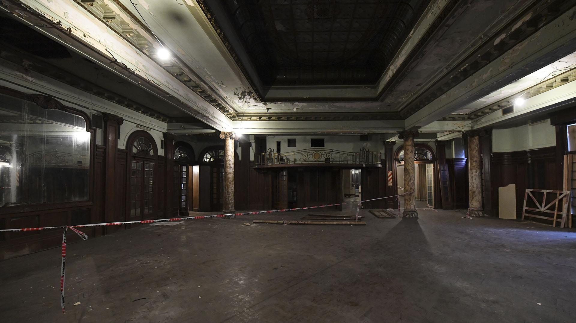 El público podrá acceder en esta ocasión al primer piso de la Confitería, donde se celebraban fiestas en su época de esplendor