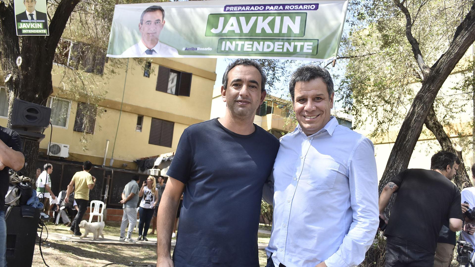 El neurocirujano Facundo Manes viajó a Rosario para hacer campaña consu amigo Javkin
