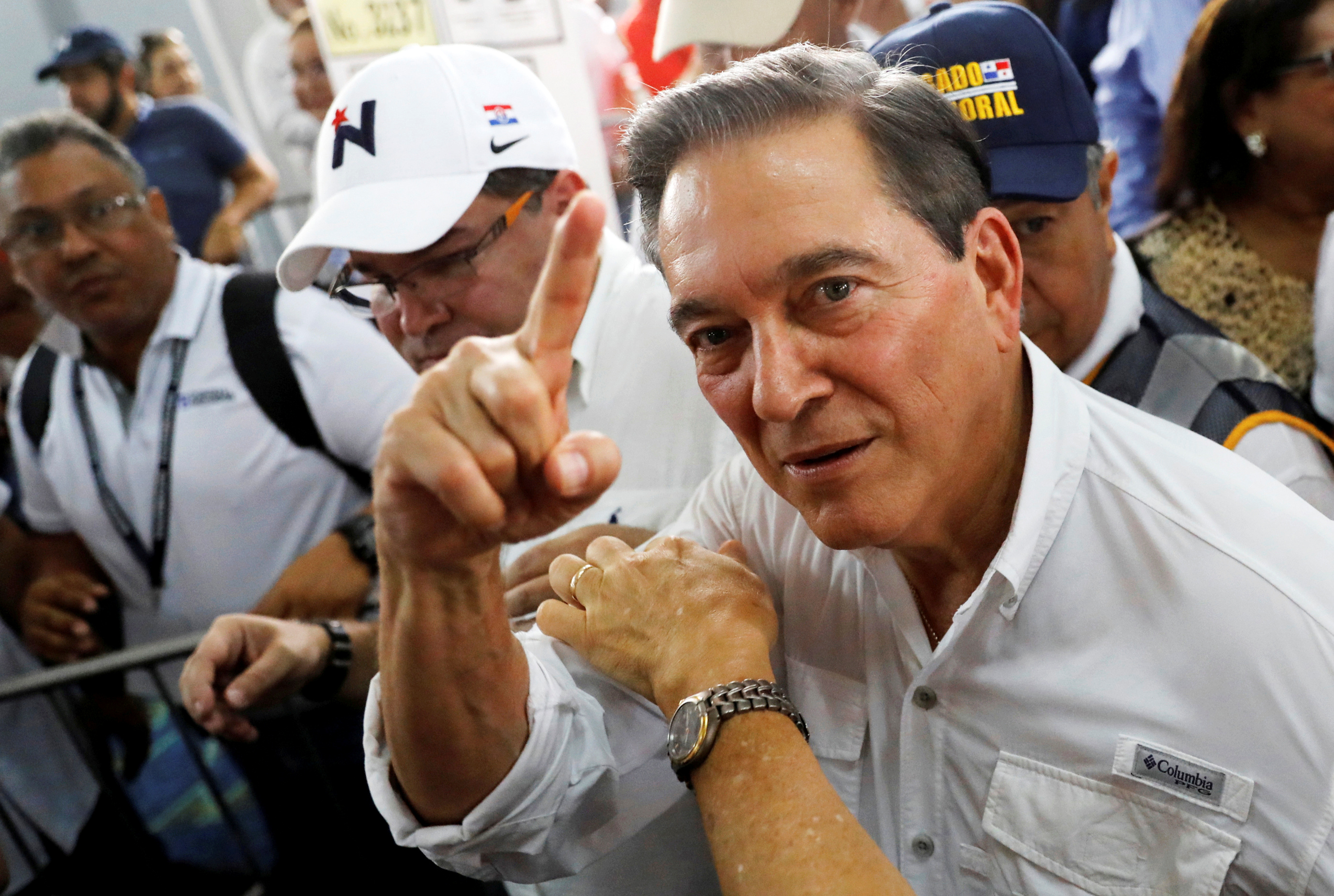 El candidato presidencial Laurentino Cortizo tras votar en Panamá City (REUTERS/Carlos Jasso)