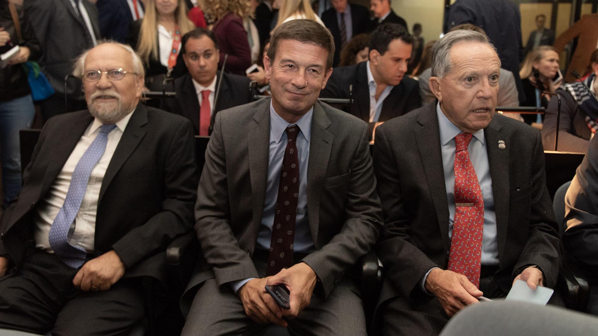 Luis María Cabral, Julián Ercolini