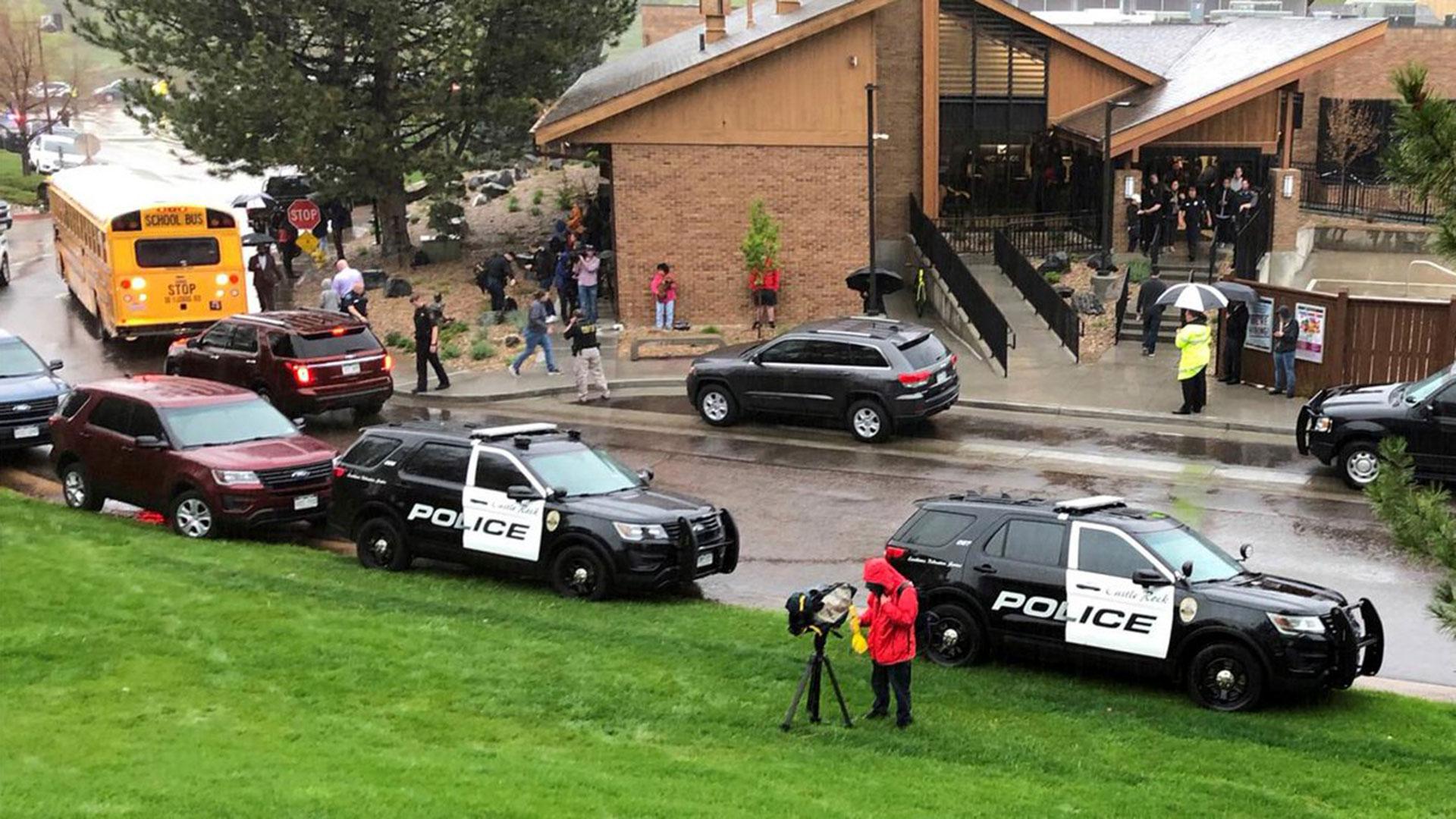 La policía detuvo a los dos atacantes