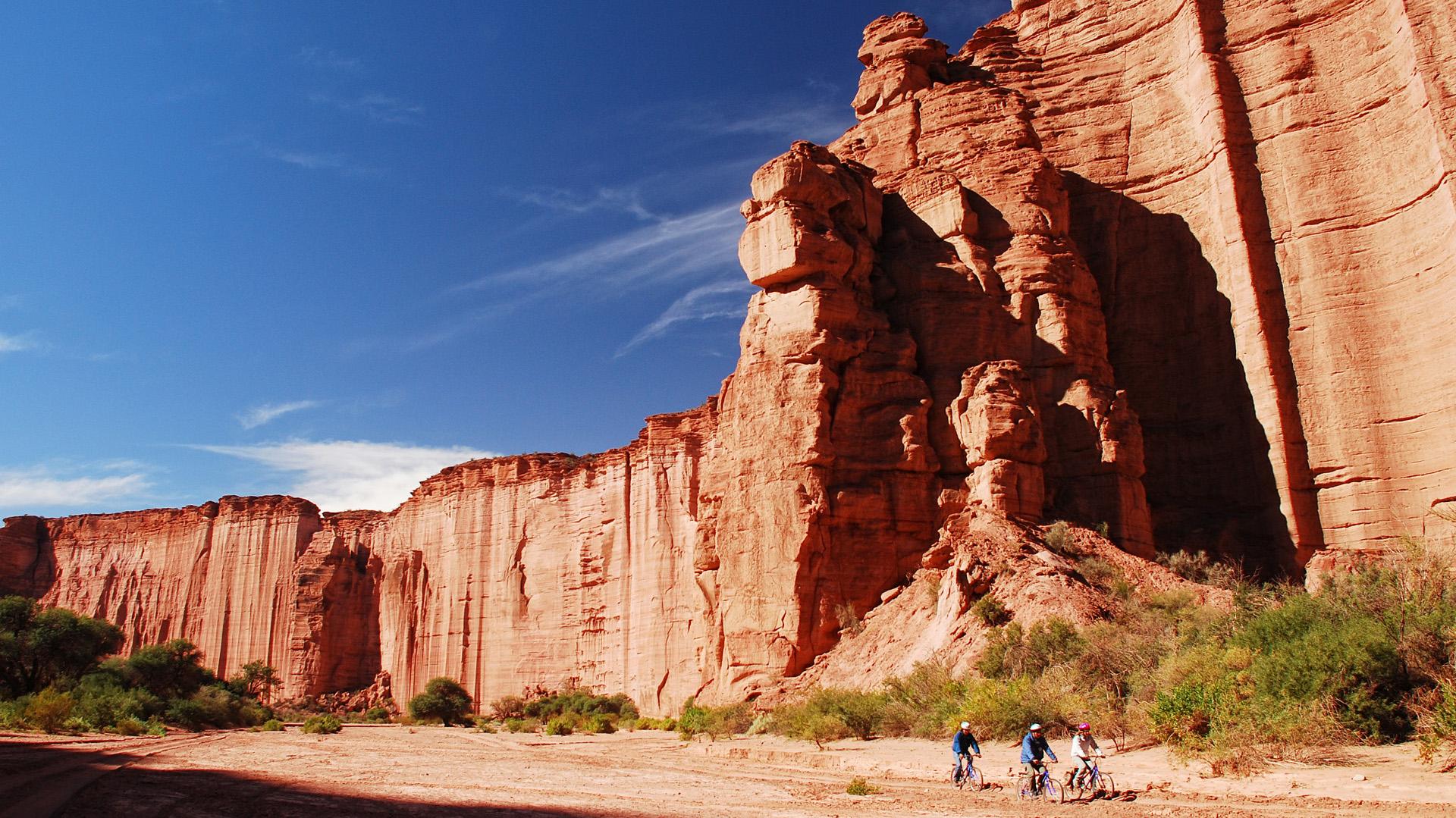 El Parque Nacional Talampaya: es imponente lugar donde se comprende el valor de la inmensidad y de la riqueza Argentina (Foto Parques Nacionales)