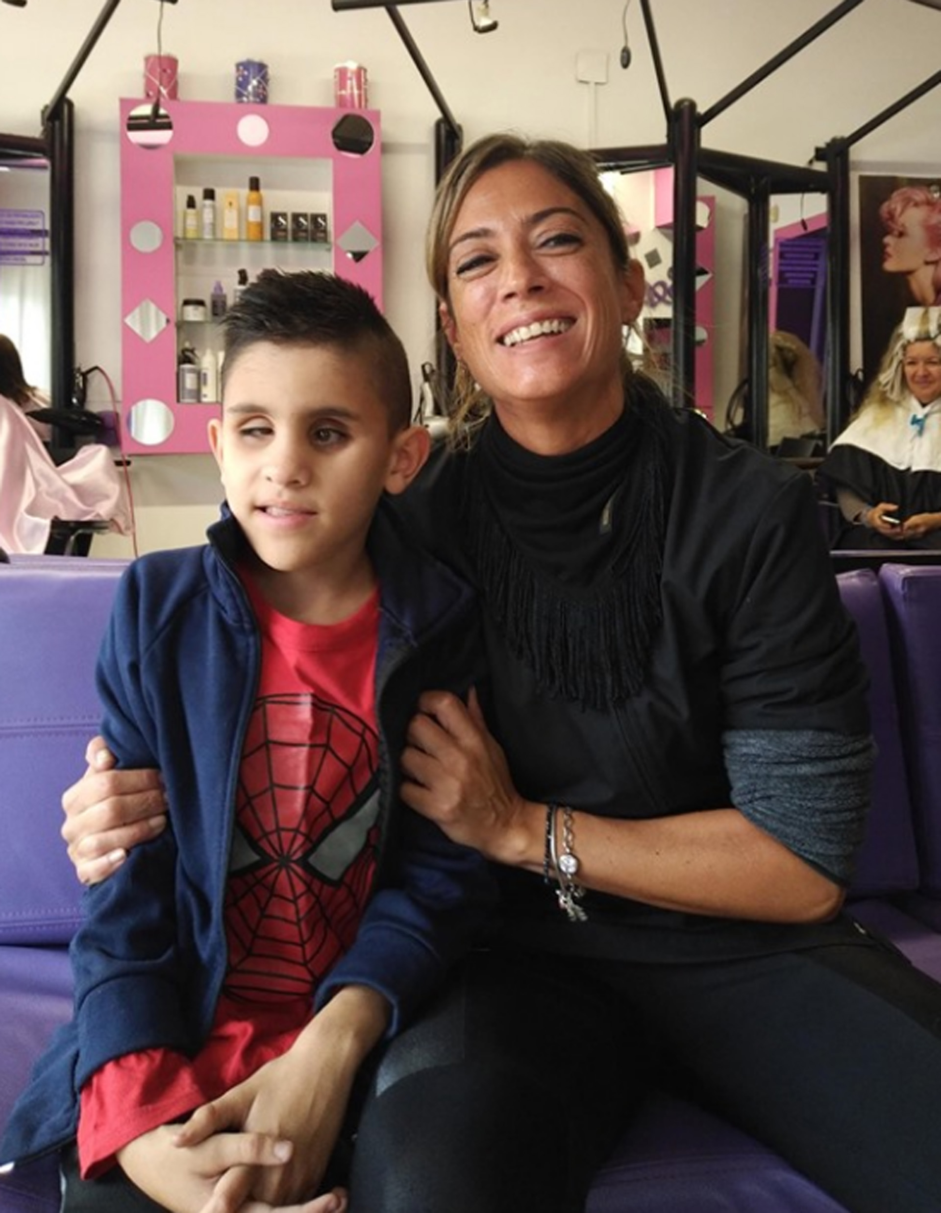 Aaron y su mamá Mirena