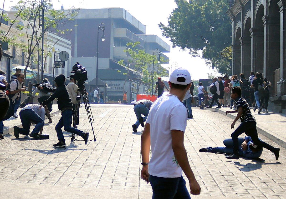 A plena luz del día, asesinaron a dos personas en el Zócalo de Puebla (Foto: Especial)