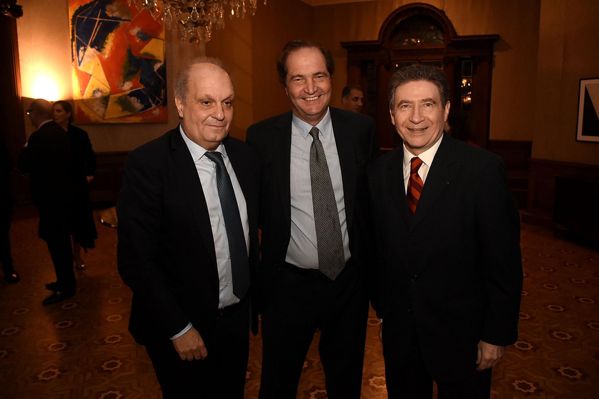 Hernán Lombardi y el embajador francés reciben a Pablo Clusellas, secretario Legal y Técnico de la Presidencia