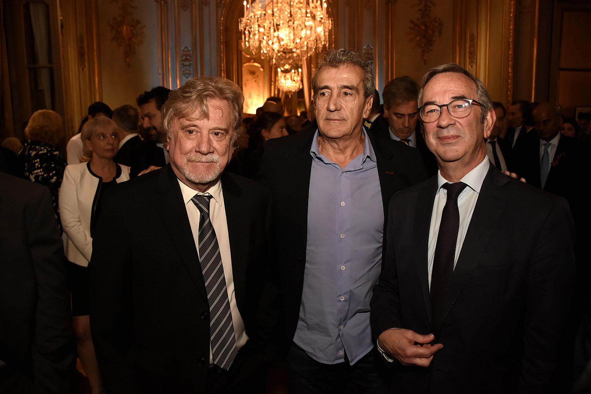 Ricardo Kirschbaum y Ricardo Roa (Clarín) junto al secretario de Medios, Jorge Sigal