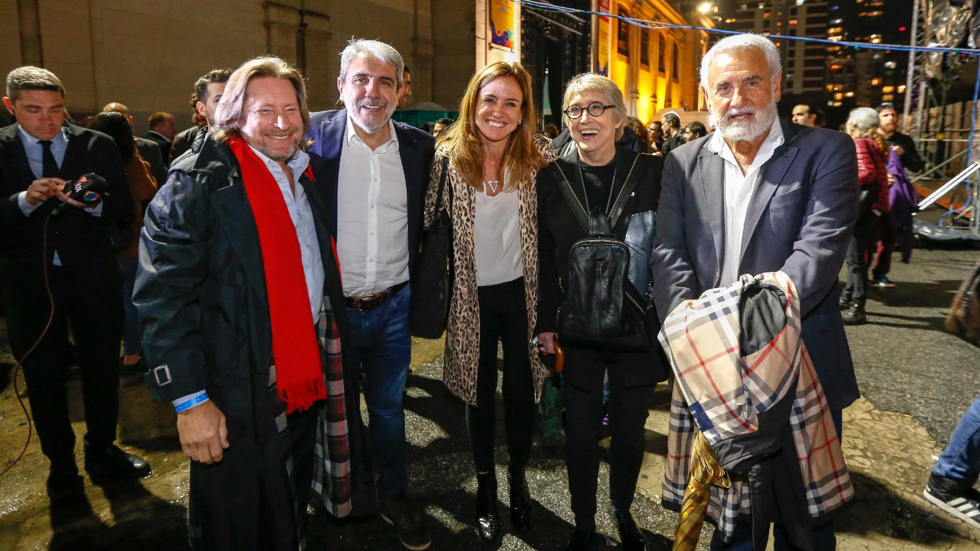 "El juez Carlos Rozanski, Aníbal Fernández, Victoria Tolosa Paz, Teresa Parodi y José ""Pepe"" Albistur"