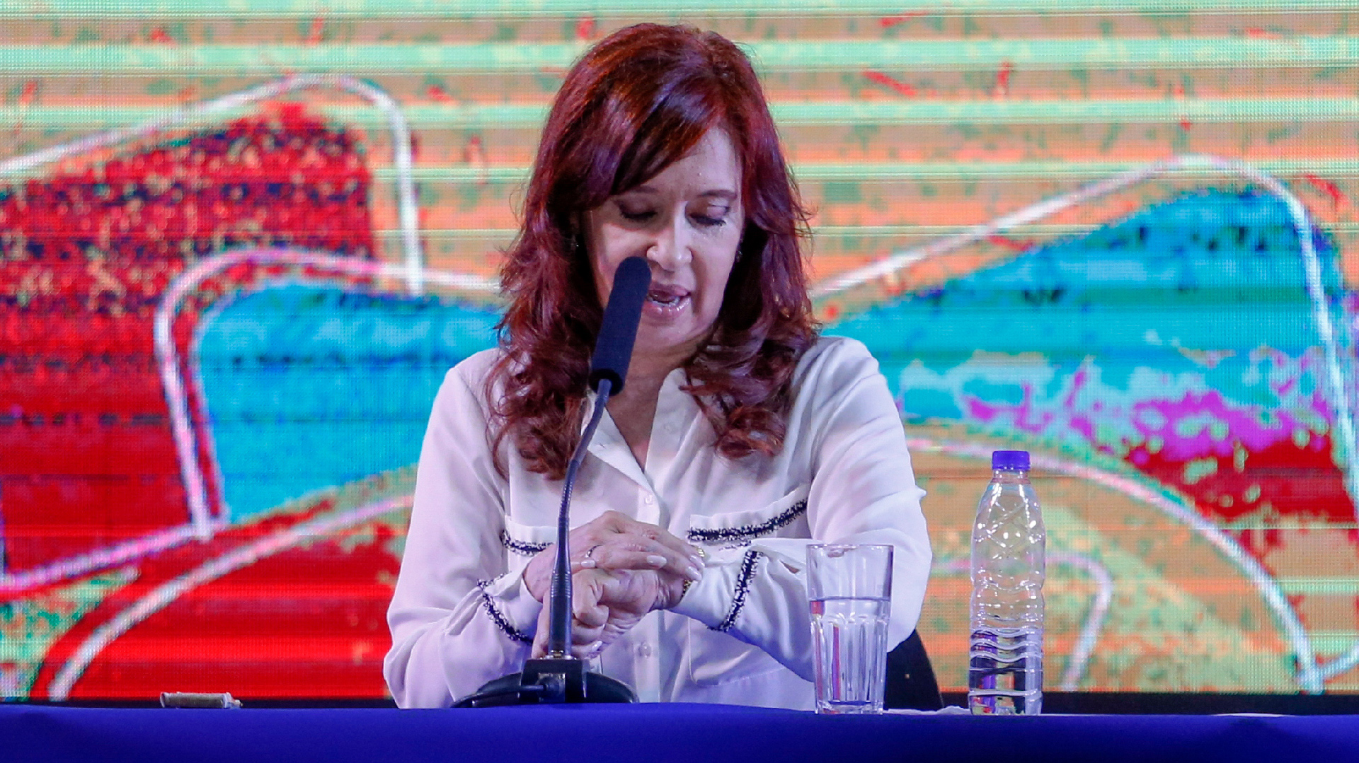 Cristina Fernández durante su presentación en la Feria del Libro