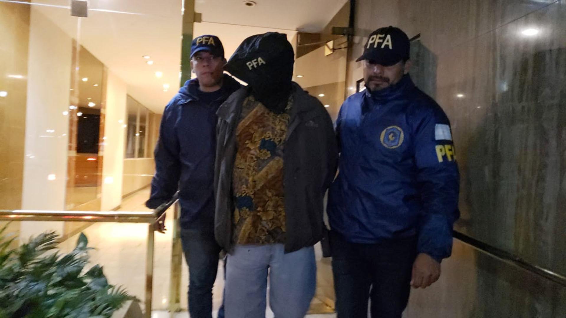Luis Cano fue detenido anoche en undepartamento de Congreso