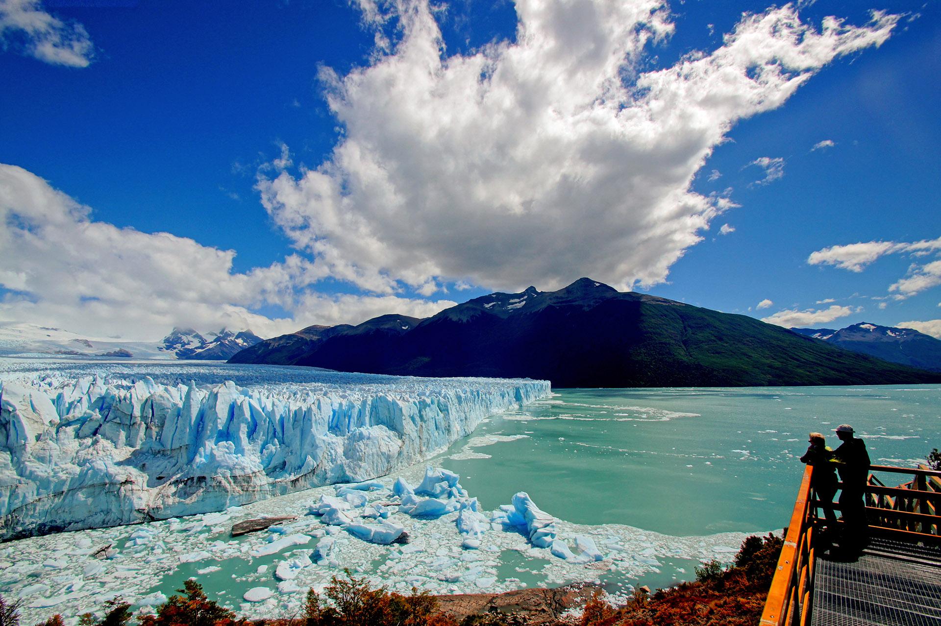 El Glaciar Perito Moreno fue es una de las siete maravillas naturales de Argentina (Shutterstock)